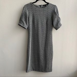 Banana Republic Short Sleeve Tweed Dress Size 4